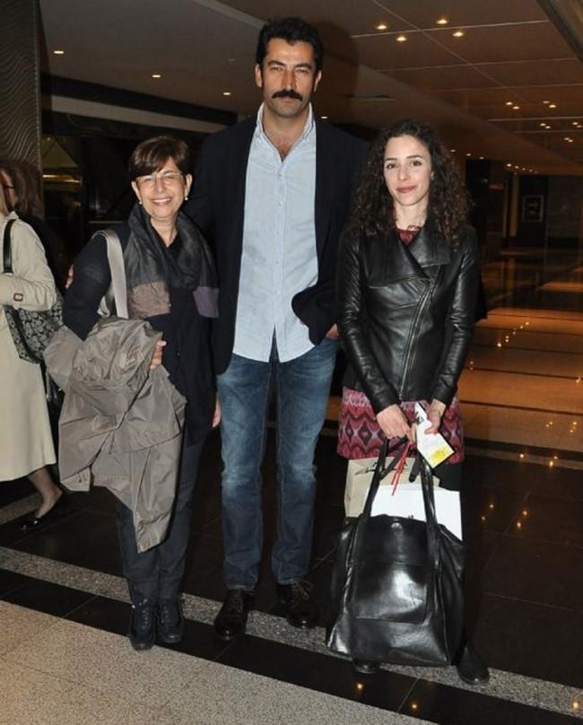 Kenan İmirzaloğlu Tuncel Kurtiz'i unutmadı