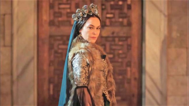 Hülya Avşar'ın Kösem macerası 30. bölümde bitiyor