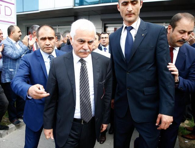 MHP'li muhalifler kurultay için toplandı