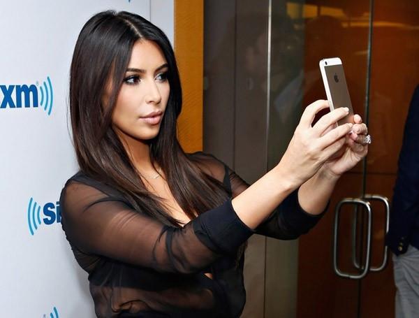 İran'dan çılgın Kim Kardashian iddiası Meğer ajanmış