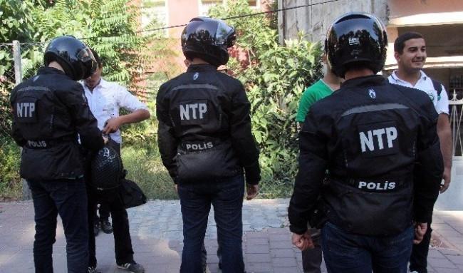Adana sokaklarında özel timler göreve başladı