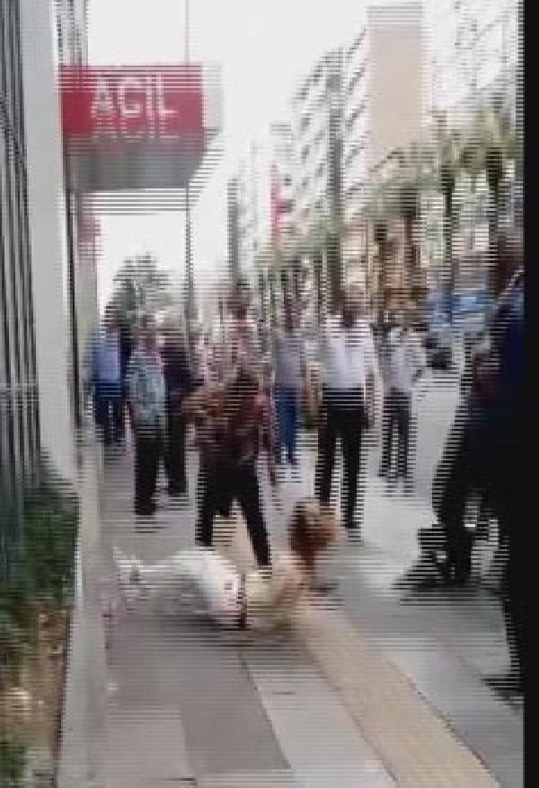 İzmir'de kadınların kan donduran kavgası !