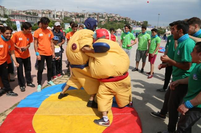 Haliç'teki Dragon Yarışlarından renkli görüntüler