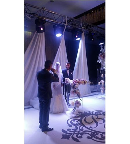 Sinan Özen hayranıyla evlendi