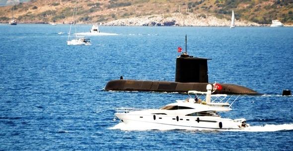 Turistlere denizaltı sürprizi