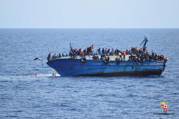 550 göçmen son anda kurtarıldı