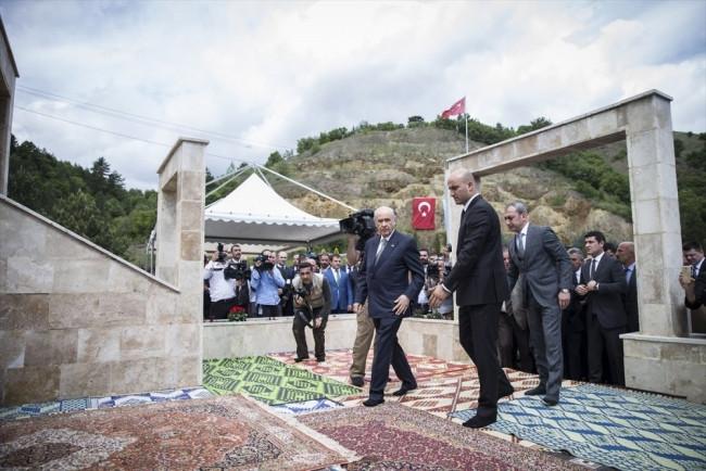 Devlet Bahçeli şehitleri anma törenine katıldı