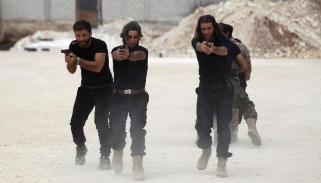 Esad'a gözdağı verdiler !