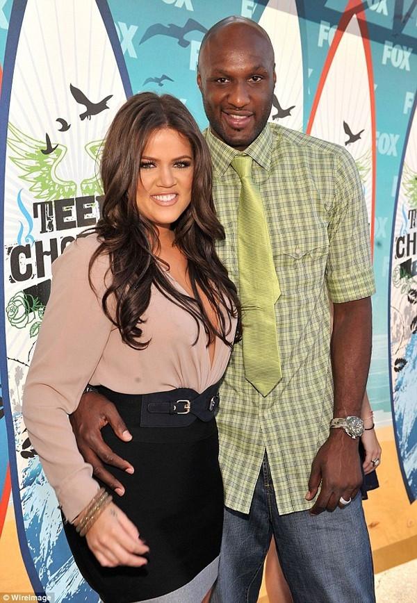 Kardashian kucak kucağa yakalandı !
