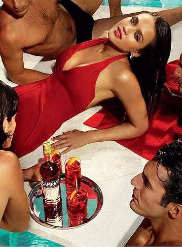 Jessica Alba Campari reklamında