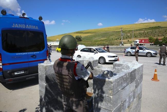 Jandarma didik didik aradı