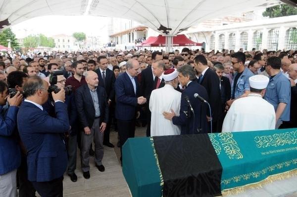 Erdoğan, Gül ve Davutoğlu cenazede buluştu
