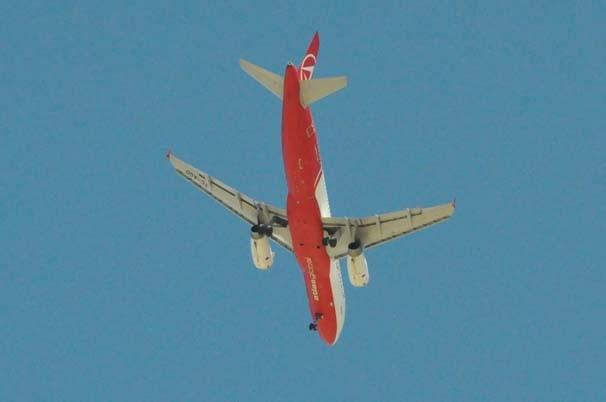 Uşak'ta inmeyen uçak herkesi şaşırttı