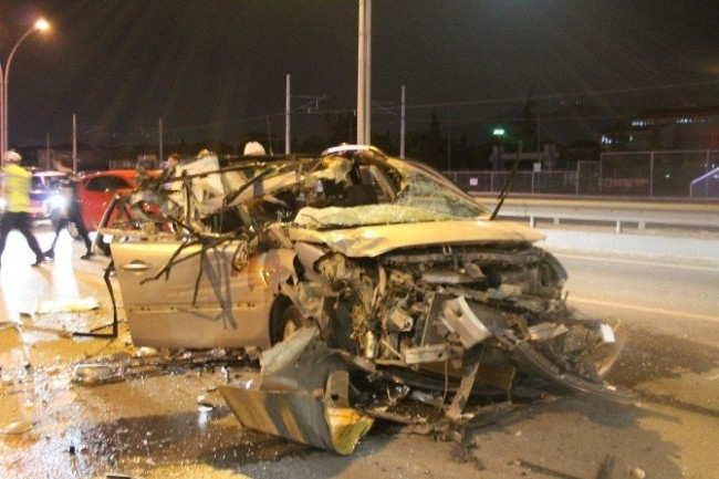 Kocaeli'de feci kaza: 1 ölü 2 yaralı