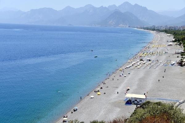Dünyaca ünlü sahil bomboş