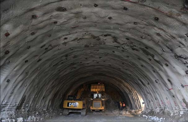 Ovit Tüneli'nde sona doğru