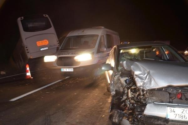 Manisa'da zincirleme kaza: 13 yaralı