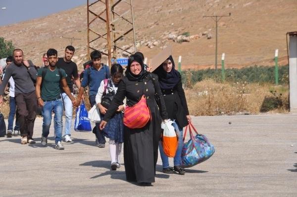 Suriyeliler bayramlaşmaya gidiyor