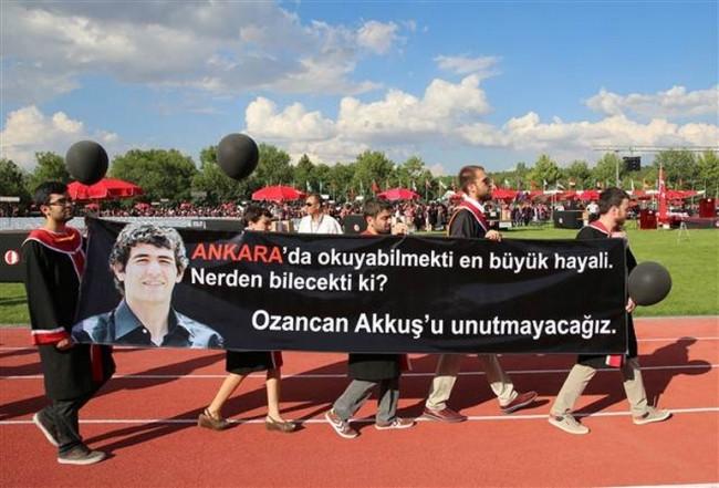 ODTÜ'de pankartlı tepki