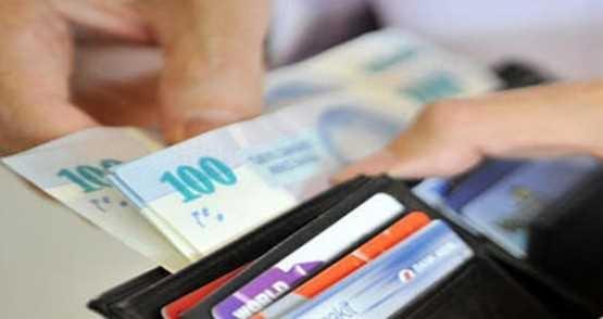 Memur emeklisine en az 81 en çok 400 lira zam!