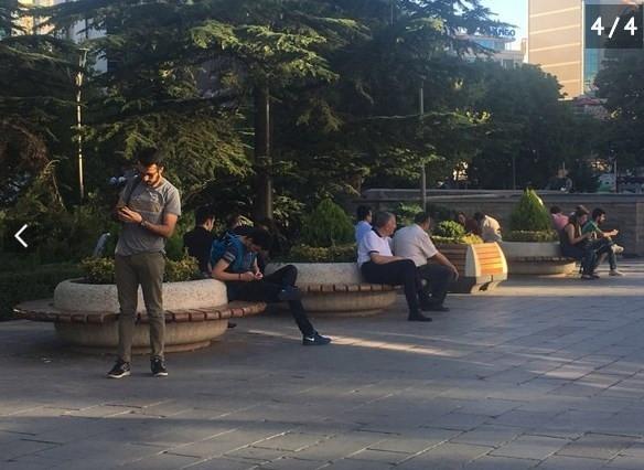 Başkent'in göbeğinde Pokemon arıyorlar