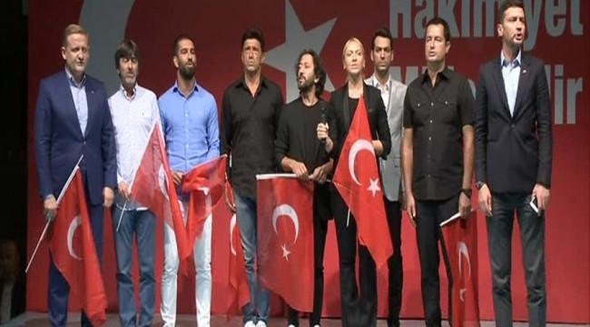 Rıdvan Dilmen: Boğaz Köprüsü'nin ismi Şehitler Köprüsü olsun