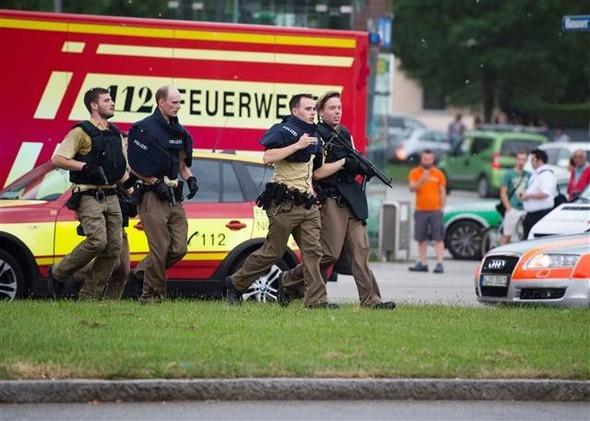 Münih'te silahlı saldırı: 10 ölü, 16 yaralı
