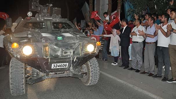 Bitlis'te askere coşkulu karşılama !