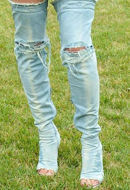 Kim Kardashian'ın ilginç botları