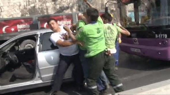 Beyoğlu'nda silahlı kavga !
