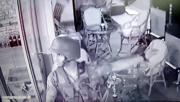 Darbeyi televizyondan öğrenen asker konuştu