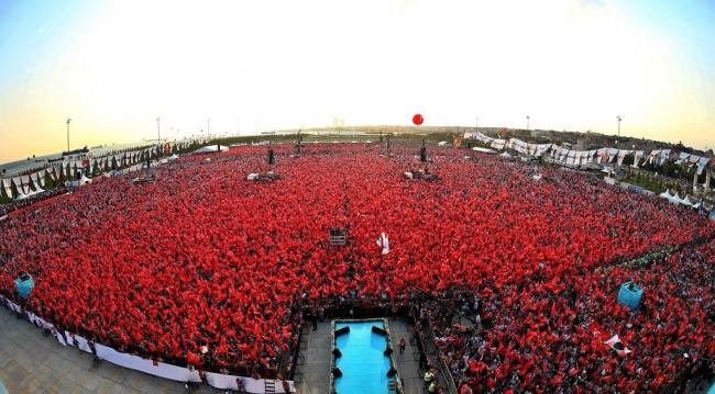 Yenikapı'daki mitinge katılacak ünlü isimler