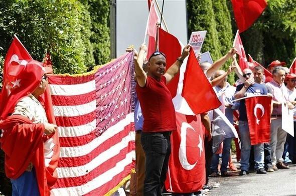 Yenikapı mitingi sırasında Gülen'in evinde yaşananlar