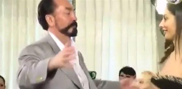 Adnan Oktar'dan ilginç açıklamalar