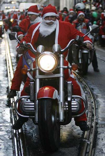 Noel Babalar mitingde !