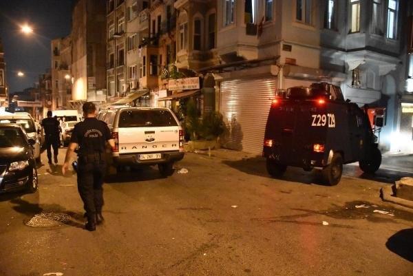 HDP İstanbul İl binasına polis baskını