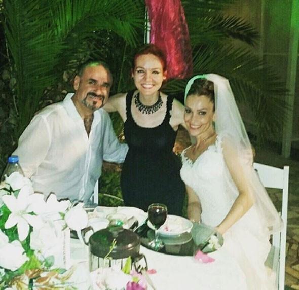 Hakan Aysev 5. kez nikah masasına oturdu