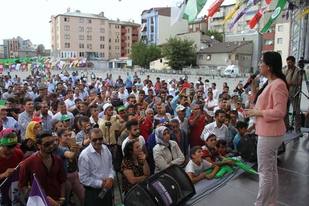 HDP Ağrı mitinginde şoka uğradı