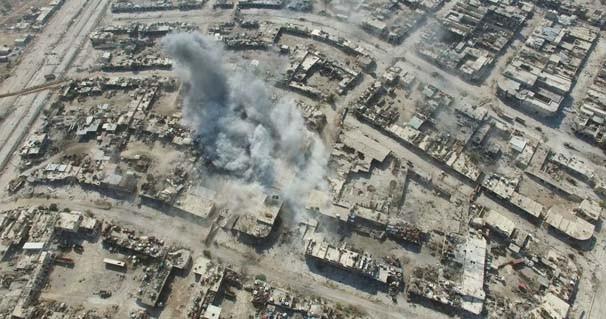 Çatışmaların dinmediği Halep görüntülendi