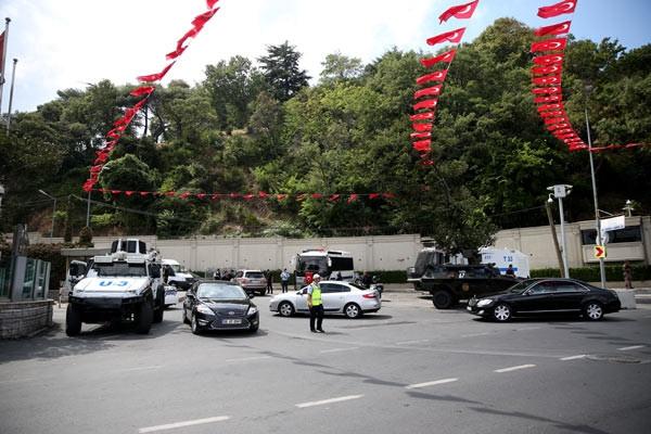 Güvenlik zirvesi için yollar kapatıldı