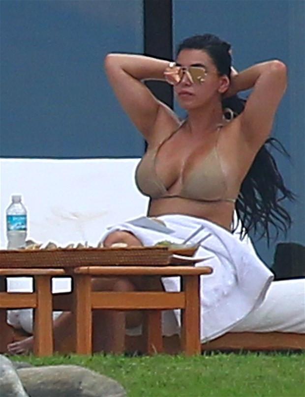 Kim Kardashian dublör kullandı