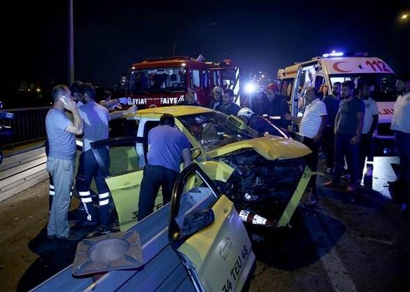 15 Temmuz Şehitler Köprüsü'nde feci kaza