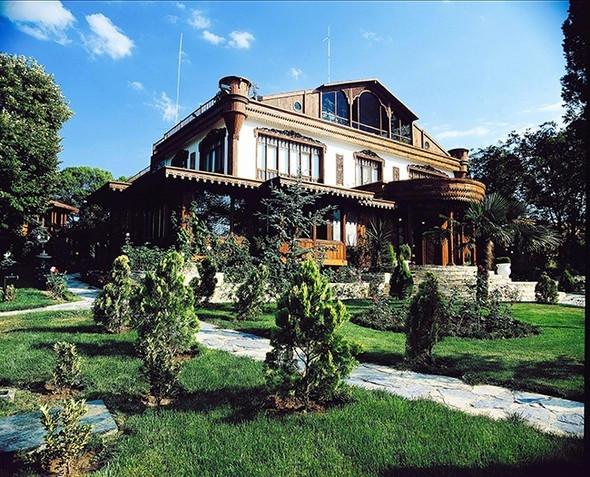 Adnan Oktar'ın Silivri'deki lüks çiftlik evi