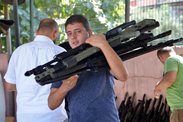 Özel imalat 87 pompalı tüfekle yakalandı