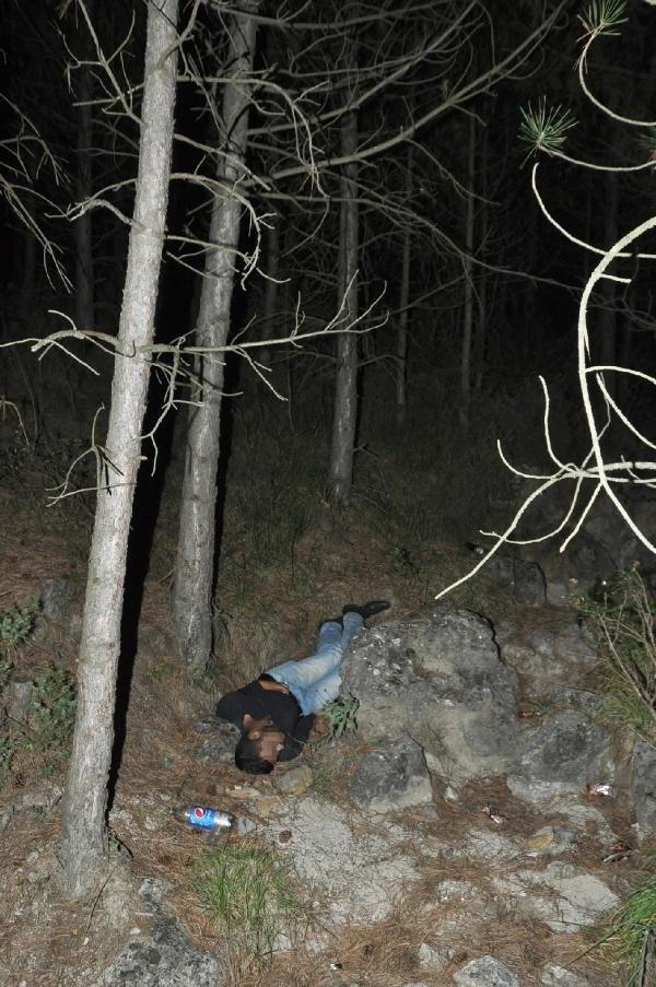 Ormanlıkta ceset bulundu