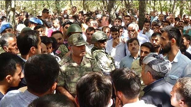 Şemdinli'de öldürülen Ahmet Budak toprağa verildi