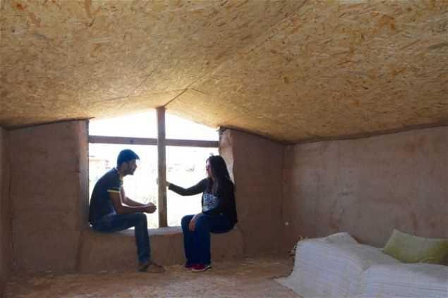 Şaka değil gerçek! İşte Türk çiftin samandan yaptığı evin son hali...