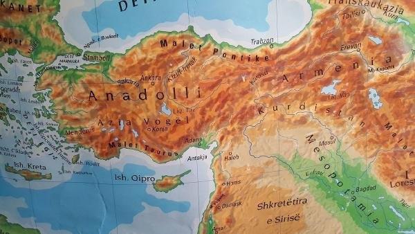 Prizren'de skandal Türkiye haritası