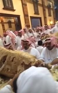 Zengin Arapların gösterişi