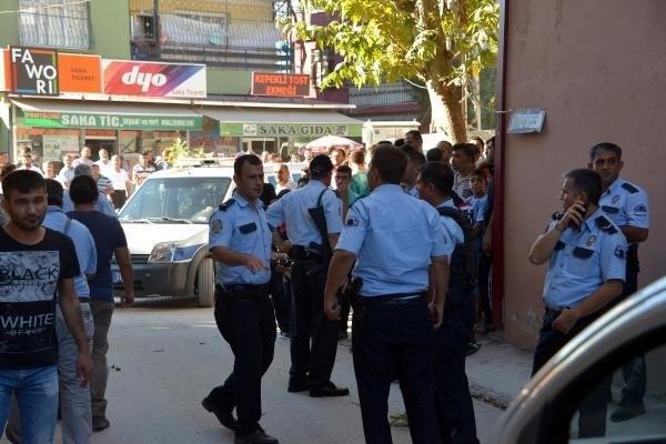Cezaevine girmemek için polisle çatıştı